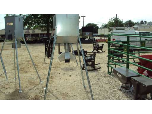 ALL SEASONS EQUIPMENT New 300lbs  galv  protein feeder