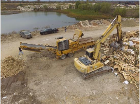 2014 Other Vermeer HG 4000 Horizontal Grinder ,Austin, TX - 5001205032 - EquipmentTrader
