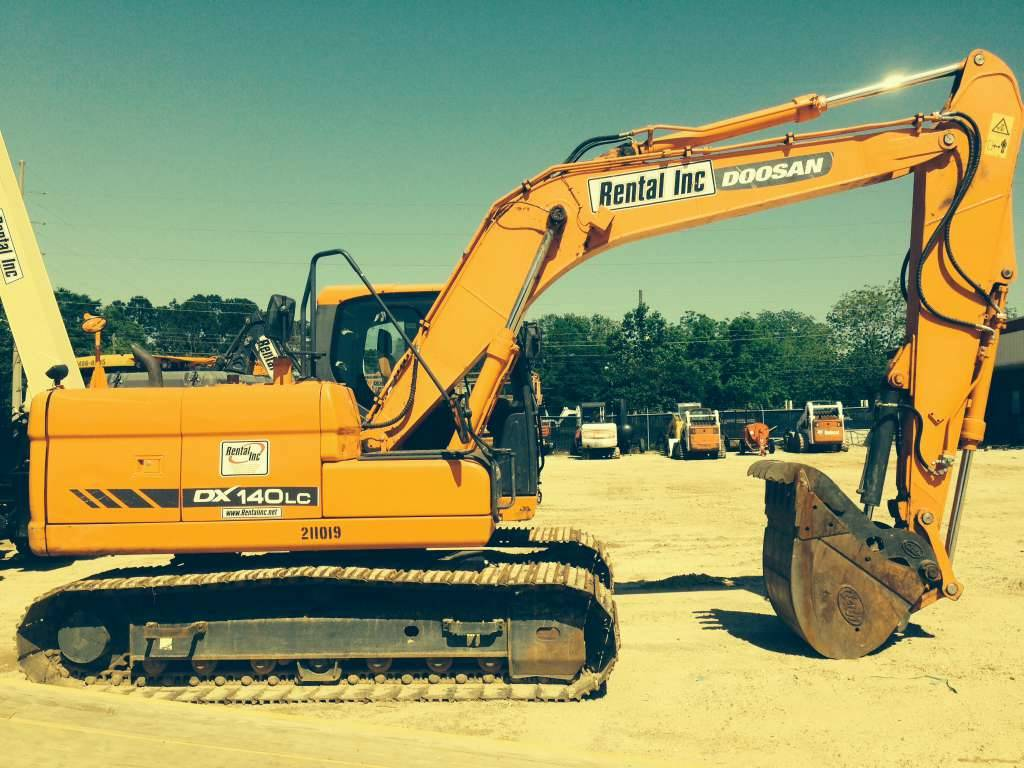 2012 Doosan Construction DX140LC For Sale in Panama City Beach, FL -  Equipment Trader