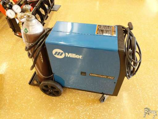 Miller Welders For Sale >> 2017 Miller Millermatic 252