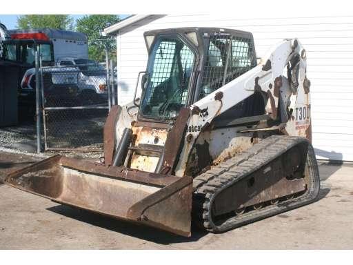 2004 Bobcat T300